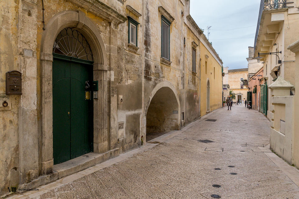 B&B La casa di Ele (Bed and Breakfast Matera): via San Biagio, portone di ingresso