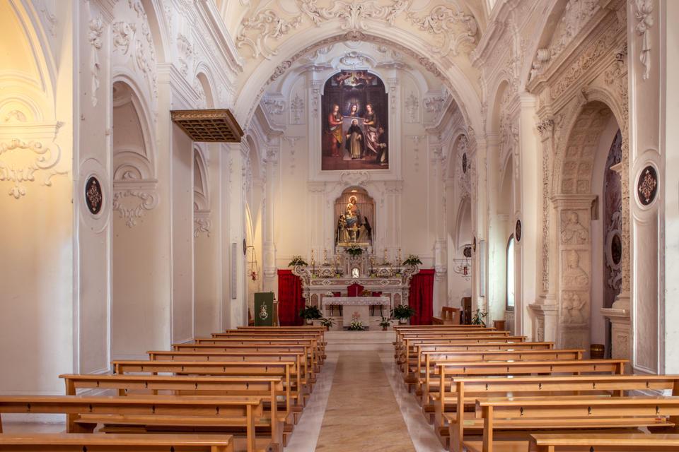San Domenico (Chiesa Matera): interno, navata centrale, altare maggiore
