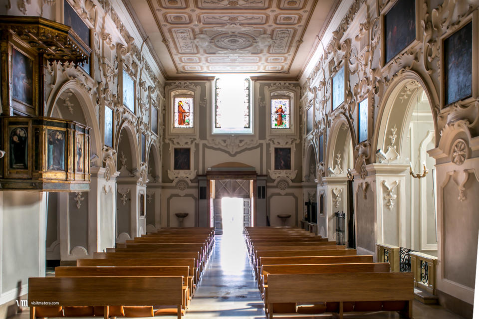 , San Francesco d'Assisi (Chiesa Matera): interno
